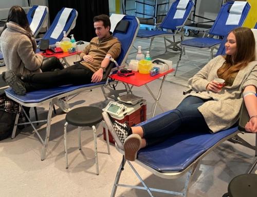 Blut ist wertvoll – Blutspendeaktion des DRK zum 19. Mal am Berufskolleg Kaufmännische Schulen des Kreises Düren